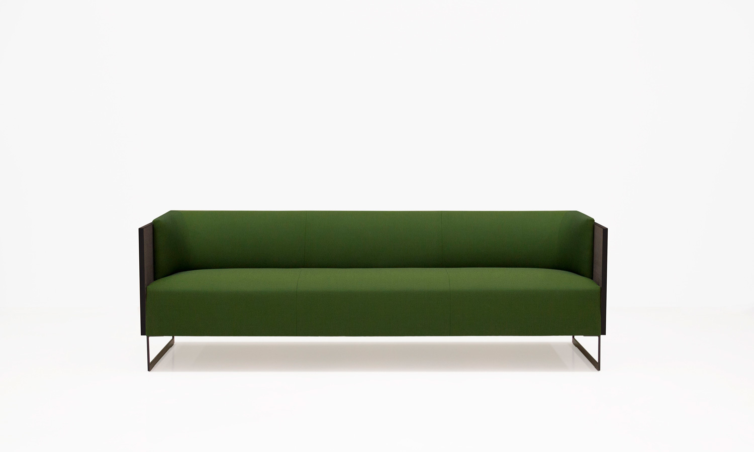 Joquer Deck Sofa Contract 03